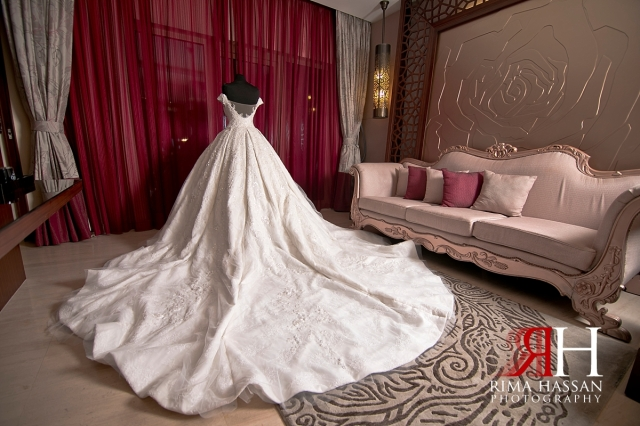 ajman_kimpinski_wedding_dubai_female_photographer_rima_hassan_bridal_dress