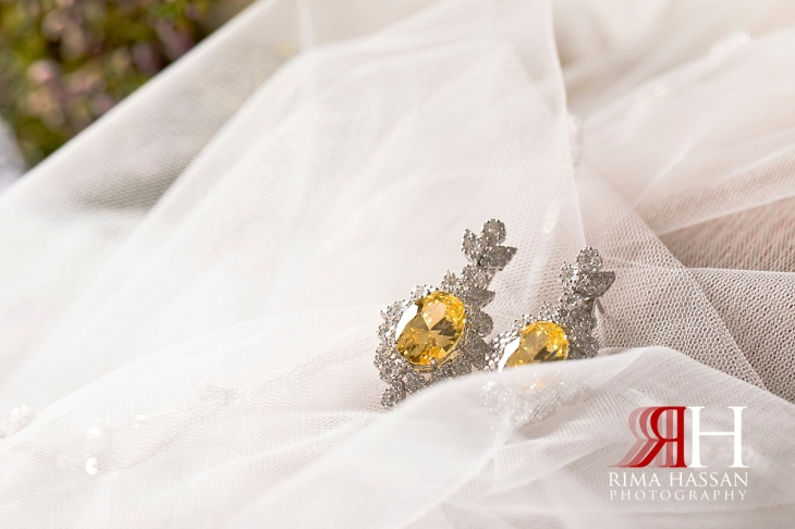 ajman_kimpinski_wedding_dubai_female_photographer_rima_hassan_bridal_jewelry_earrigns