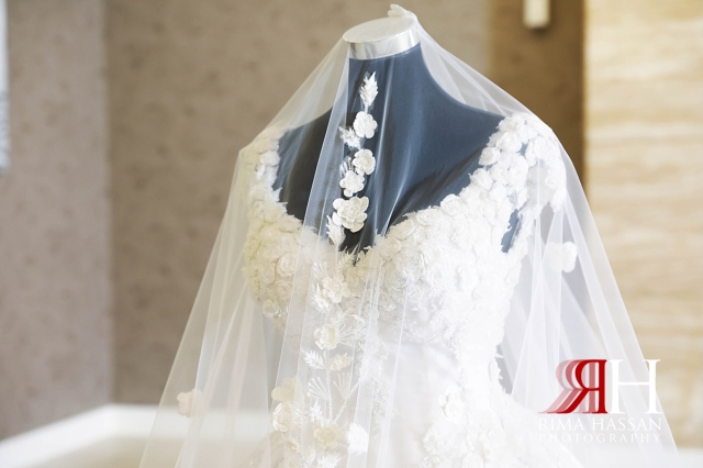 al-jawaher_sharjah_female_wedding_photographer_rima_hassan_bridal_dress_hazar