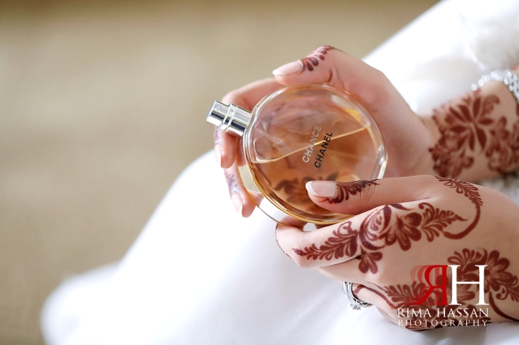al-jawaher_sharjah_female_wedding_photographer_rima_hassan_bridal_perfume_chanel
