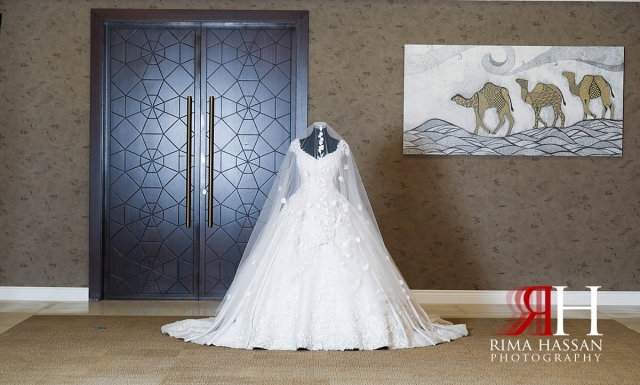 al-jawaher_sharjah_female_wedding_photographer_rima_hassan_bride_gown_dress_hazar