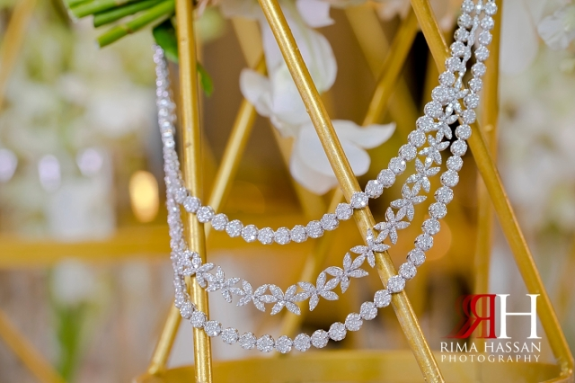 hyatt_regency_creek_dubai_female_photographer_rima_hassan_bridal_jewelry_necklace