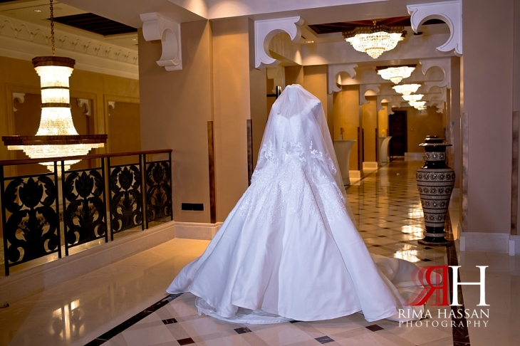 mina_salam_wedding_dubai_female_photographer_rima_hassan_bridal_dress_gloss-house