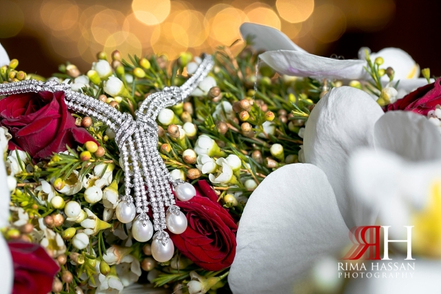 mina_salam_wedding_dubai_female_photographer_rima_hassan_bridal_jewelry_necklace