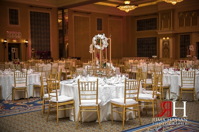 mina_salam_wedding_dubai_female_photographer_rima_hassan_kosha_stage_decoration_table