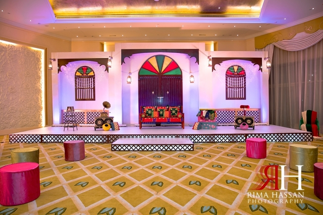 zabeel_ladies_club_dubai_female_wedding_photographer_rima_hassan_kosha_stage_decoration