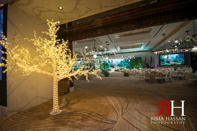 Grand_Hyatt_Dubai_Wedding_Female_Photographer_Rima_Hassan_decoration_entrance