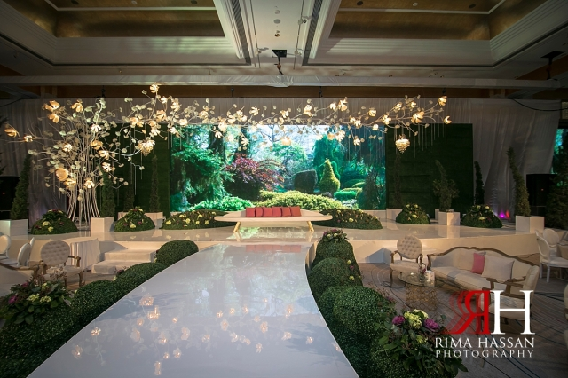 Grand_Hyatt_Dubai_Wedding_Female_Photographer_Rima_Hassan_decoration_stage_garden_kosha