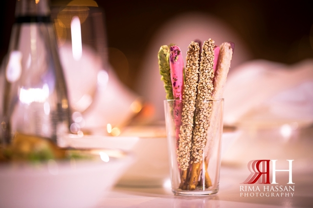 grand_hyatt_wedding_dubai_female_photographer_rima_hassan_kosha_decoration_stage_tables