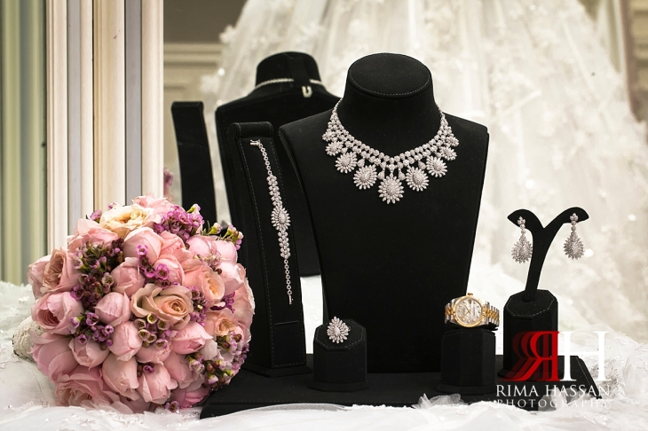 Hyatt_Regency_Dubai_Wedding_Female_Photographer_Rima_Hassan_bridal_diamond_jewelry