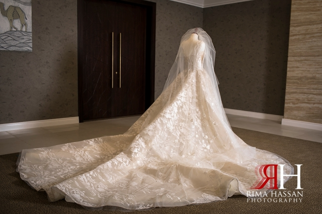 Jawaher_Sharjah_Wedding_Dubai_Female_Photographer_Rima_Hassan_esposa_bridal_gown