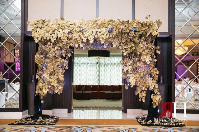 Bustan_Rotana_Dubai_Wedding_Female_Photographer_Rima_Hassan_kosha_stage_decoration_entrance