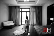 Dubai_Wedding_Female_Photographer_Rima_Hassan_bride_black-white