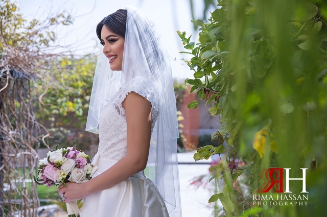 Dubai_Wedding_Female_Photographer_Rima_Hassan_bride_outdoor_portraits