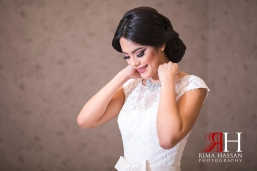 Dubai_Wedding_Female_Photographer_Rima_Hassan_bride_wearing_jewelry