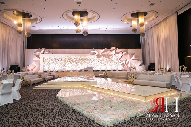 Le-Meridien_Dubai_Wedding_Female_Photographer_Rima_Hassan_stage_dream_kosha_decoration