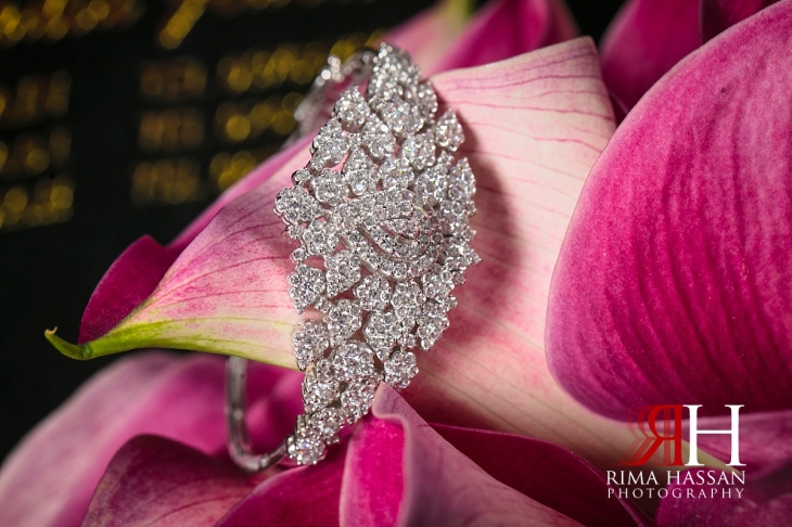 Royal_Hall_Khorfokan_Wedding_Female_Photographer_Rima_Hassan_bride_jewelry_bracelet