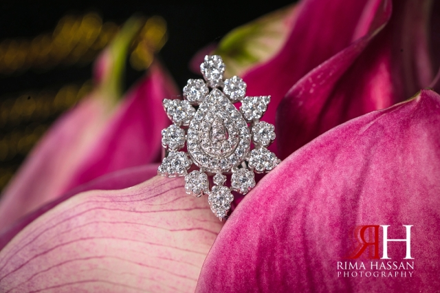 Royal_Hall_Khorfokan_Wedding_Female_Photographer_Rima_Hassan_bride_jewelry_ring