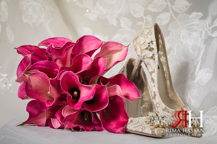 Royal_Hall_Khorfokan_Wedding_Female_Photographer_Rima_Hassan_bride_shoes_boquet