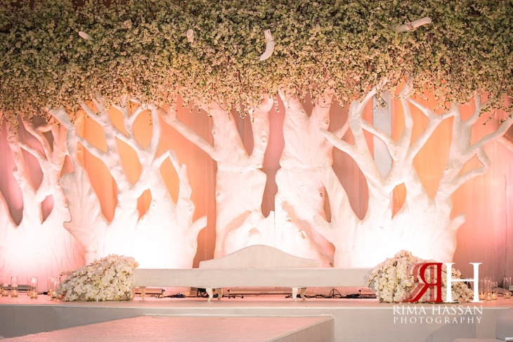 Royal_Hall_Khorfokan_Wedding_Female_Photographer_Rima_Hassan_kosha_decoration_stage