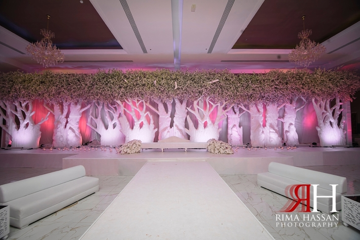 Royal_Hall_Khorfokan_Wedding_Female_Photographer_Rima_Hassan_kosha_stage_decoration