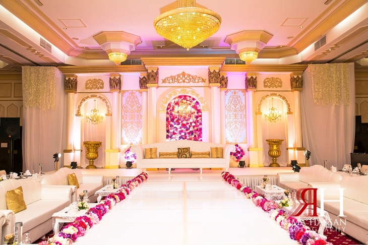 Salalah_Oman_Wedding_Female_Photographer_Rima_Hassan_stage_decoration