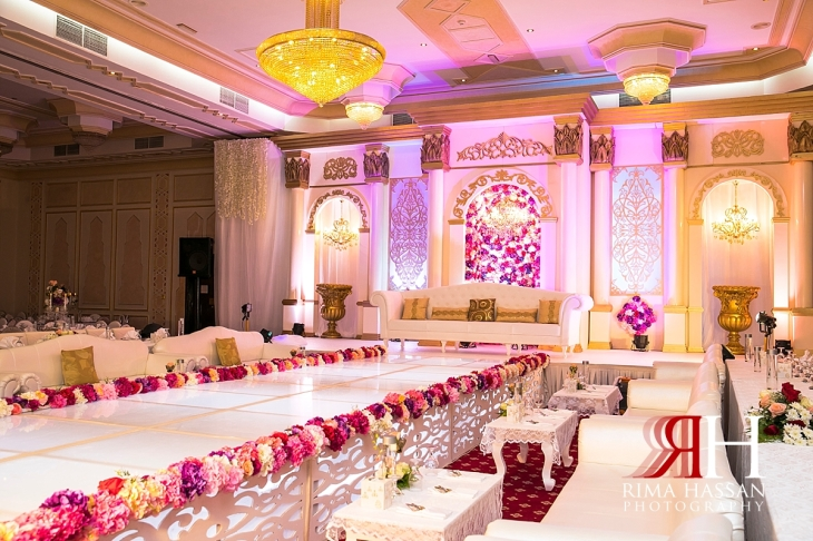 Salalah_Oman_Wedding_Female_Photographer_Rima_Hassan_stage_decoration_kosha