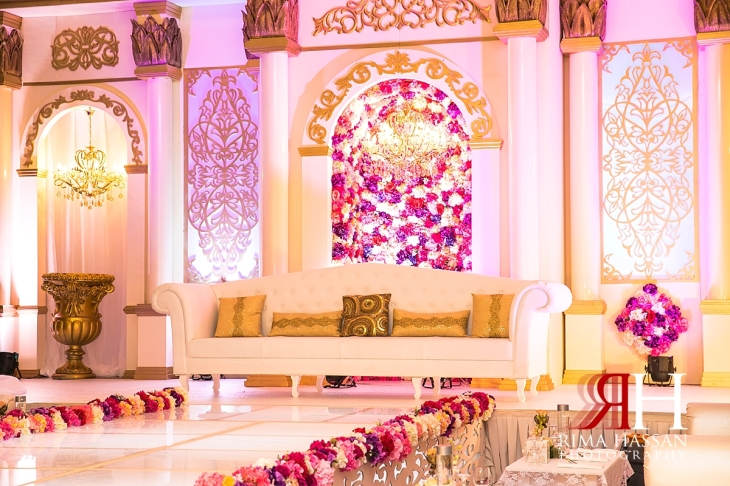Salalah_Oman_Wedding_Female_Photographer_Rima_Hassan_stage_kosha_decoration
