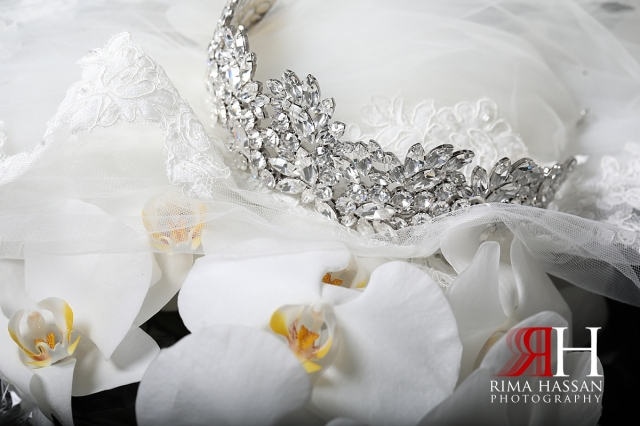 RAK_Wedding_Female_Photographer_Rima_Hassan_bride_jewelry_crown