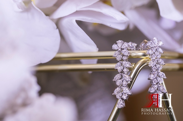 Saint_Regis_Dubai_Wedding_Female_Photographer_Rima_Hassan_bridal_jewelry_earrings