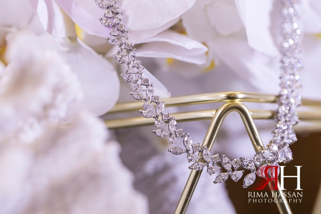 Saint_Regis_Dubai_Wedding_Female_Photographer_Rima_Hassan_bridal_jewelry_necklace