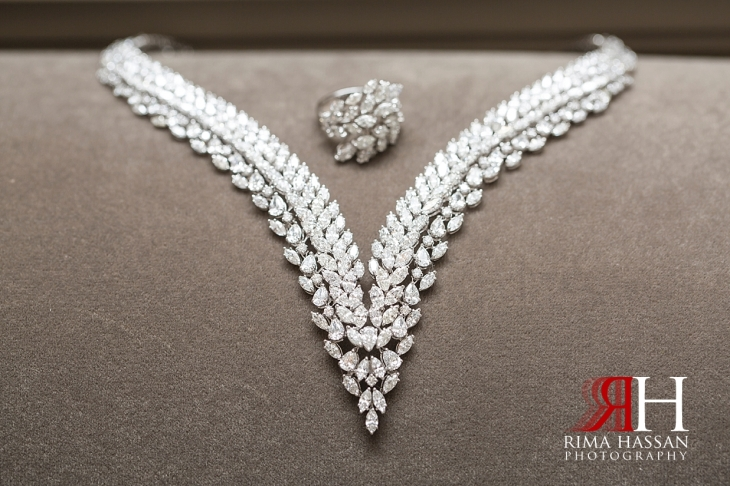 Saint_Regis_Dubai_Wedding_Female_Photographer_Rima_Hassan_bride_jewelry_necklace
