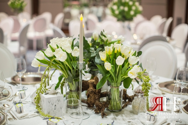 Saint_Regis_Dubai_Wedding_Female_Photographer_Rima_Hassan_stage_centerpiece_kosha_decoration