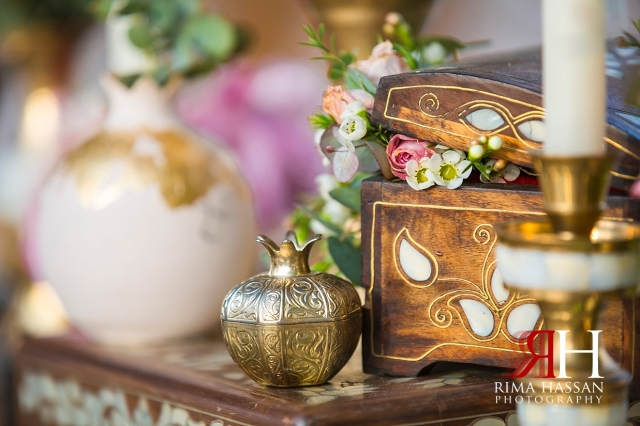 Bab-Al-Shams_Dubai_Wedding_Female_Photographer_Rima_Hassan_decoration_kosha_stage_ekleel