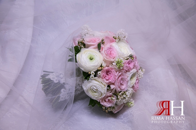 Etihad_Tower_Abu-Dhabi_Wedding_Female_Dubai_Photographer_Rima_Hassan_bouquet_bride