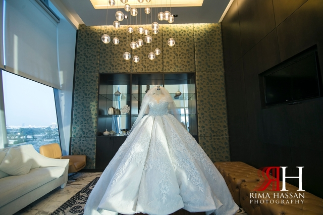 Etihad_Tower_Abu-Dhabi_Wedding_Female_Dubai_Photographer_Rima_Hassan_bride_gown