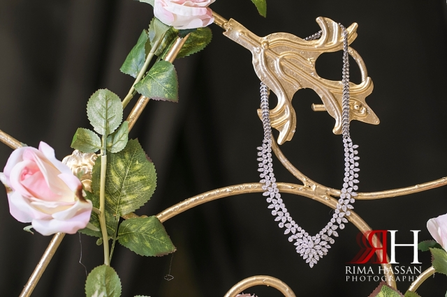 Etihad_Tower_Abu-Dhabi_Wedding_Female_Dubai_Photographer_Rima_Hassan_bride_jewelry_necklace