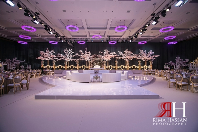 Etihad_Tower_Abu-Dhabi_Wedding_Female_Dubai_Photographer_Rima_Hassan_kosha_decoration_tibru_grand_stage