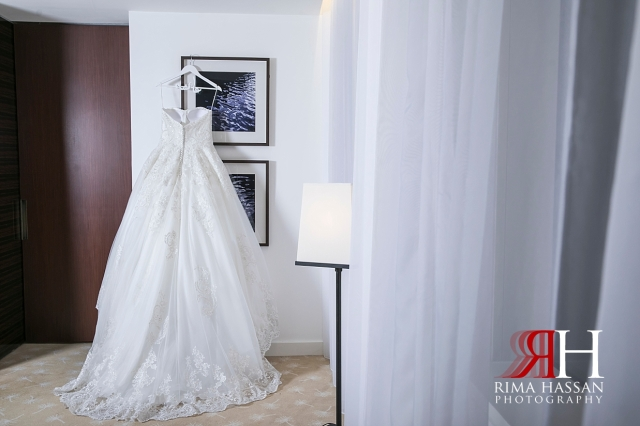 InterContinental_Festival_Wedding_Female_Dubai_Photographer_Rima_Hassan_bride_gown_esposa_dress