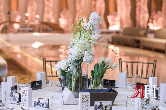 InterContinental_Festival_Wedding_Female_Dubai_Photographer_Rima_Hassan_dream_kosha_stage_decoration_centerpiece