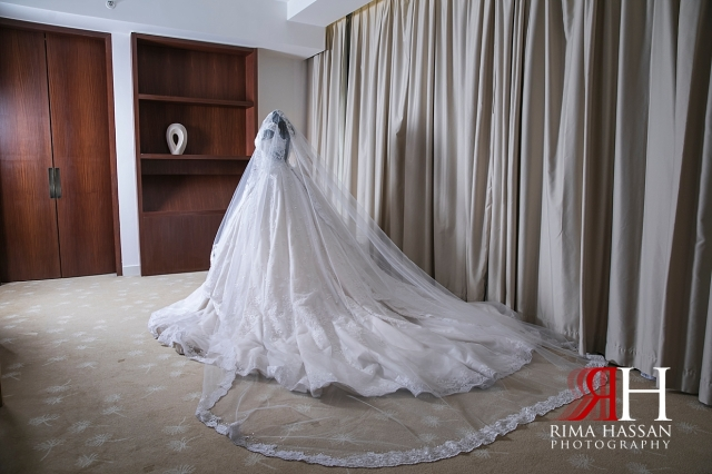 InterContinental_Wedding_Female_Dubai_Photographer_Rima_Hassan_bride_dress_gown_hazar