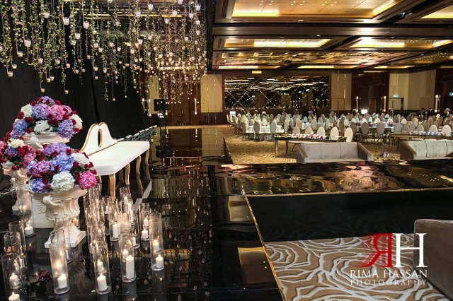 InterContinental_Wedding_Female_Dubai_Photographer_Rima_Hassan_kosha_stage_decoration