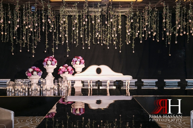 InterContinental_Wedding_Female_Dubai_Photographer_Rima_Hassan_stage_decoration_kosha