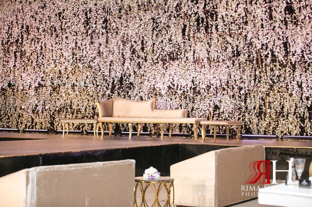 Jawaher_Sharjah_Wedding_Female_Dubai_Photographer_Rima_Hassan_kosha_stage_decoration_forever