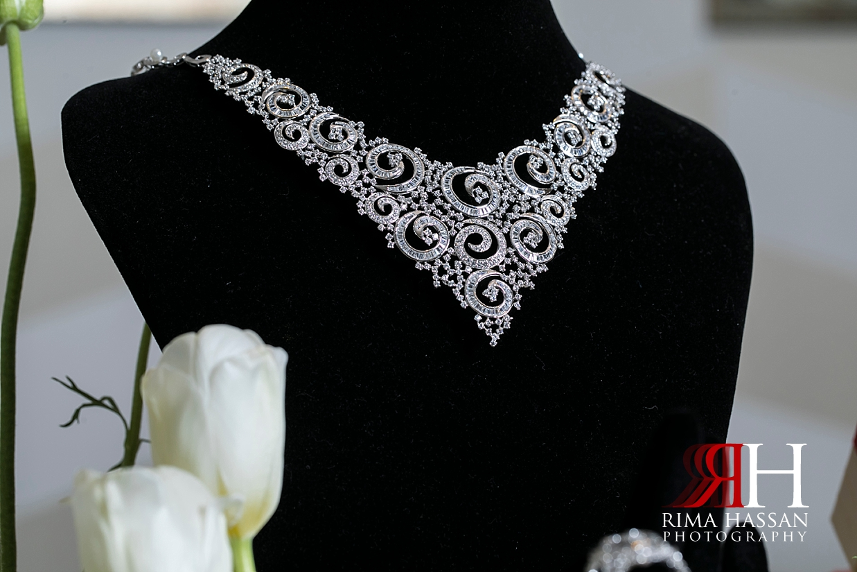 Ritz_Carlton_DIFC_Wedding_Female_Dubai_Photographer_Rima_Hassan_bride_jewelry_necklace