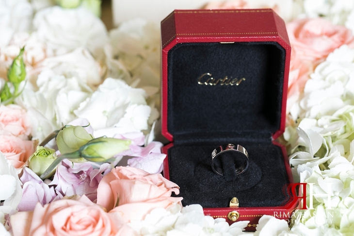 Ritz_Carlton_DIFC_Wedding_Female_Dubai_Photographer_Rima_Hassan_groom_ring_cartier