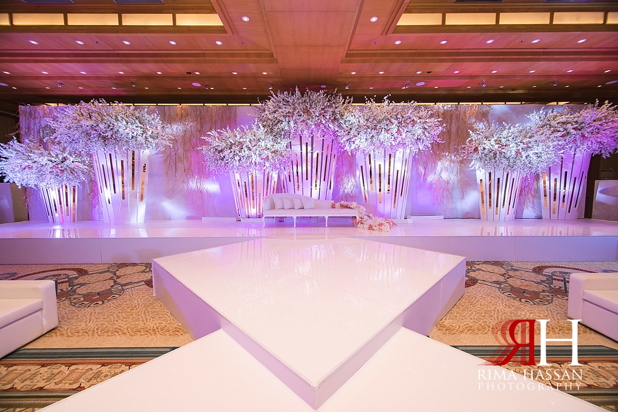 Ritz_Carlton_DIFC_Wedding_Female_Dubai_Photographer_Rima_Hassan_kosha_stage_decoration