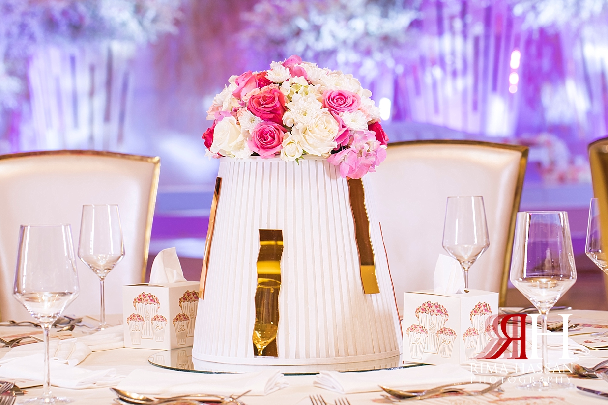 Ritz_Carlton_DIFC_Wedding_Female_Dubai_Photographer_Rima_Hassan_kosha_stage_decoration_centerpiece