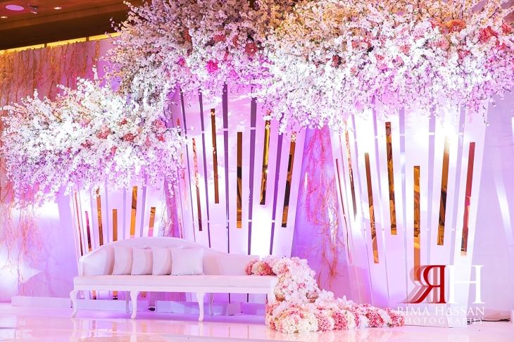 Ritz_Carlton_DIFC_Wedding_Female_Dubai_Photographer_Rima_Hassan_stage_decoration_kosha