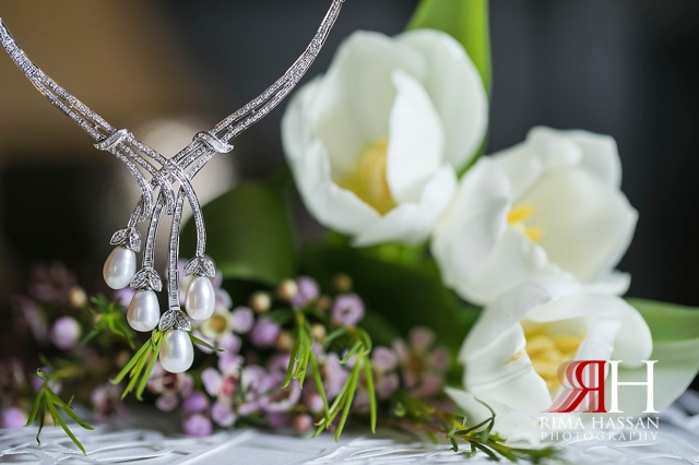 Saint_Regis_Saadiyat_Abu-Dhabi_Wedding_Female_Dubai_Photographer_Rima_Hassan_bride_jewelry_necklace